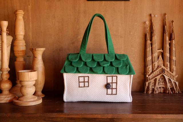 OUCHI box bag L  ? みどりの屋根