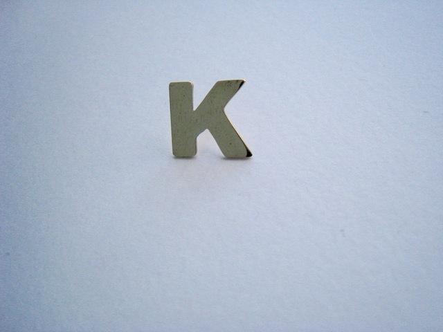 【SALE】イニシャルピン K