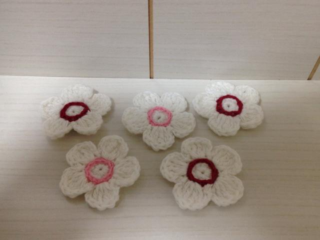 165  お花モチーフ 5枚セット 白