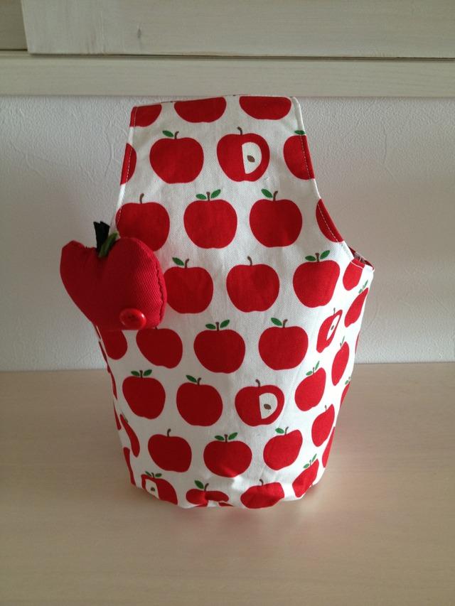 りんごブローチ付きちょこっとおでかけバッグ