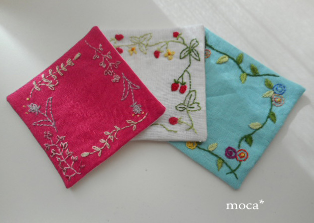 リネン刺繍コースター