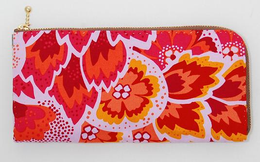 布製手縫い財布(アメリカンプリント)