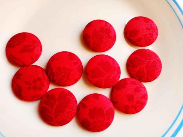 くるみボタン福袋(赤い花)