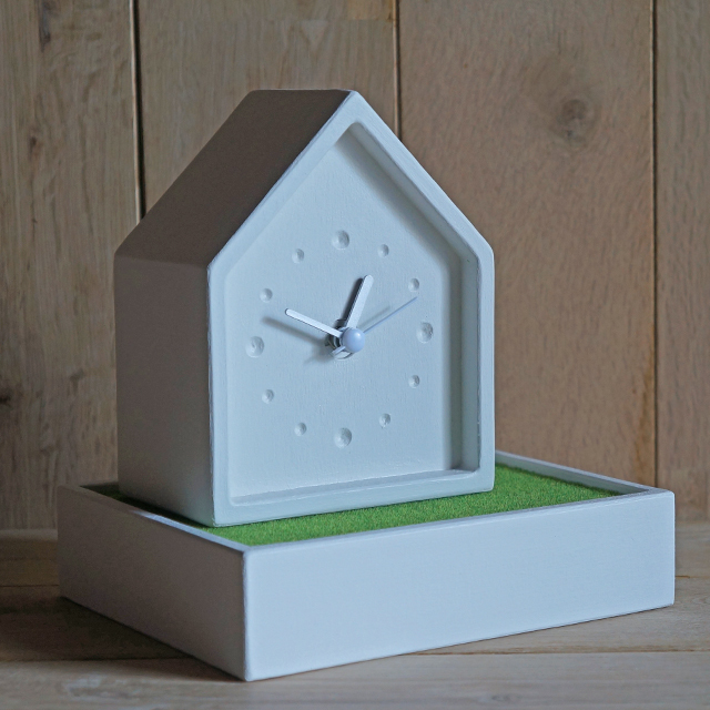 house+ clock