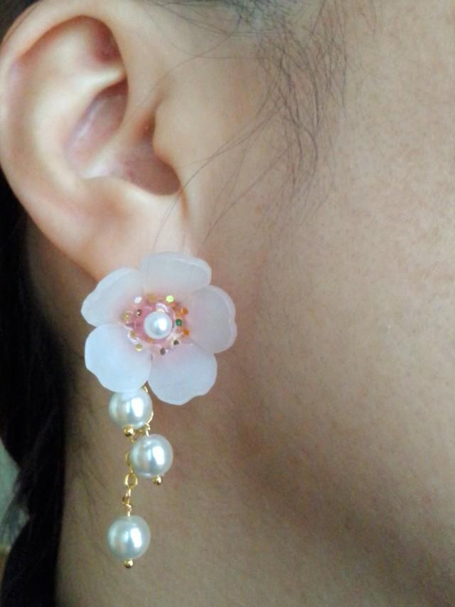アーモンドのお花☆イヤリング