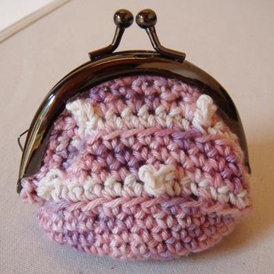 ぷっくりピコット編みのがまぐちミニポーチ