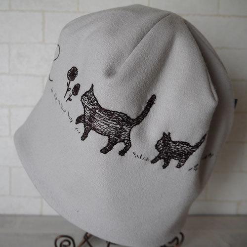 圧縮ウールニット生地で作ったニット帽...