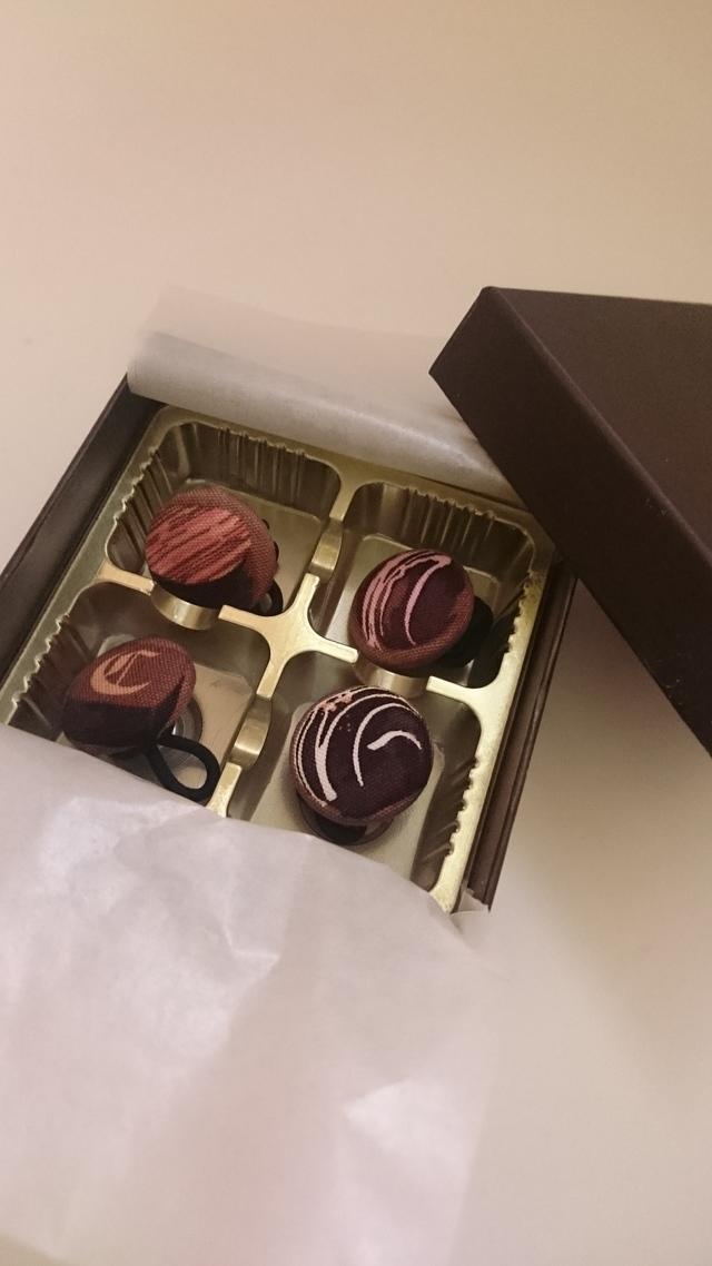 バレンタインに♪なんちゃってチョコのヘアゴム