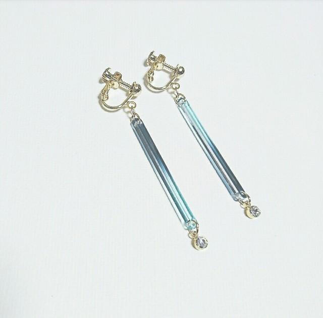 再3販☆たそがれどきの空◇ブルーイヤリング/樹脂ピアス