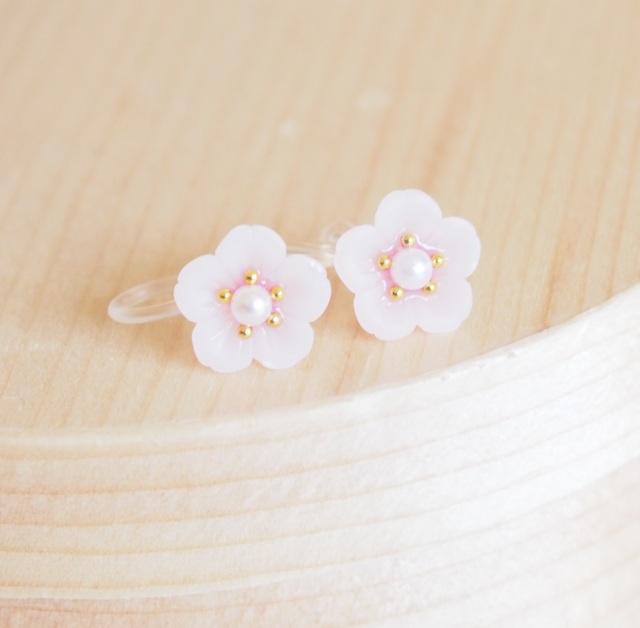 桜さくらsakura ノンホールピアス