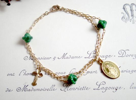 フランスアンティークビーズ(緑)のロザリオブレス