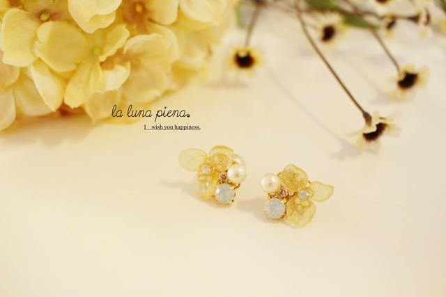 ◇k14gf◇bijouとantique flowerのピアス