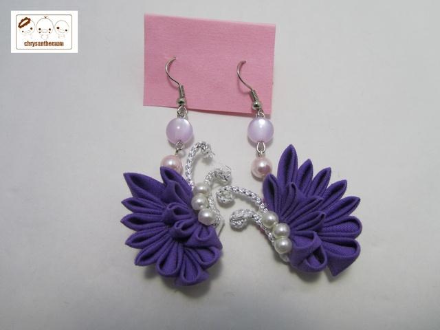 【NEW!】つまみ細工の蝶々ピアス 紫