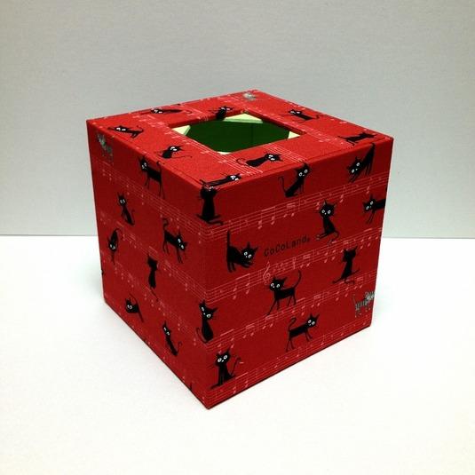 ティッシュボックス(猫柄 赤)
