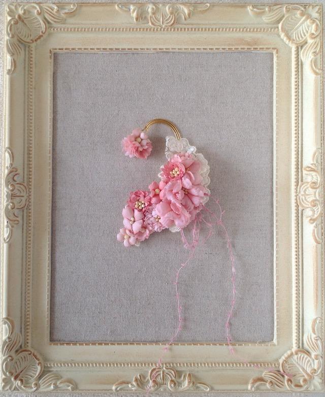 染め花のイヤーフック(ピンク)