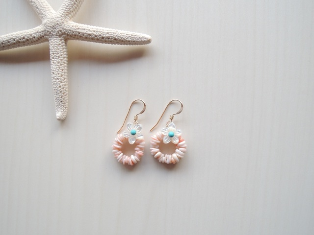 14kgf White Flower Pink Shell ピアス