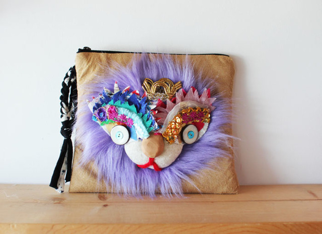 <再入荷!>Lion clutch/Purple