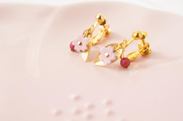 桜の一粒 イヤリング or ピアス
