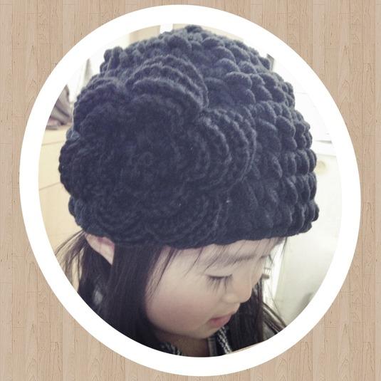 ベビーサイズ * 大きいお花の帽子