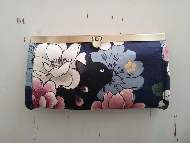 黒猫さんの長財布