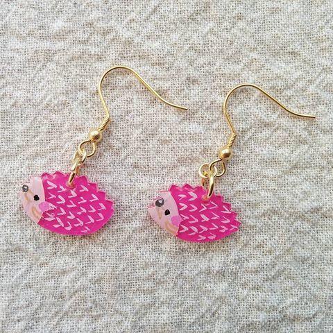 pinkハリネズミピアス