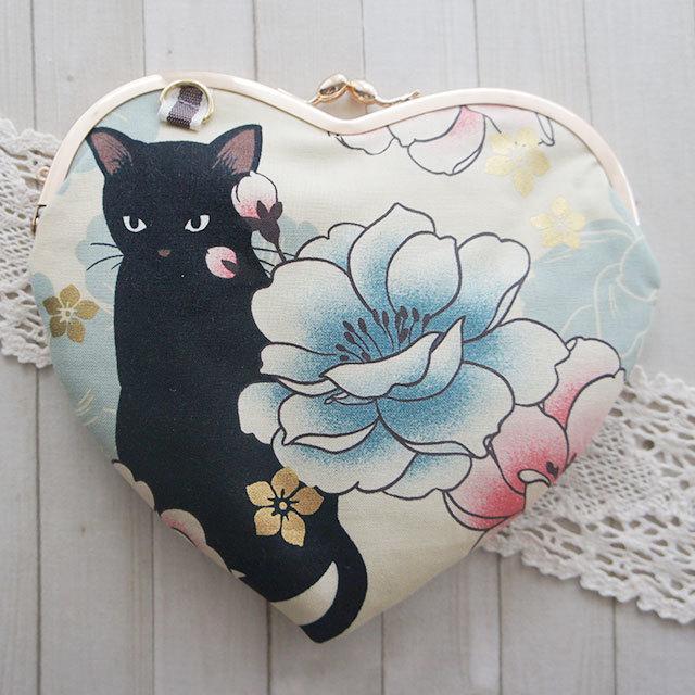 【販売終了】ハートがま口ミニバッグ*牡丹に黒猫C