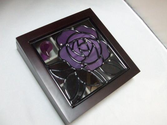 アクセサリーケース(紫の薔薇)グラスアート