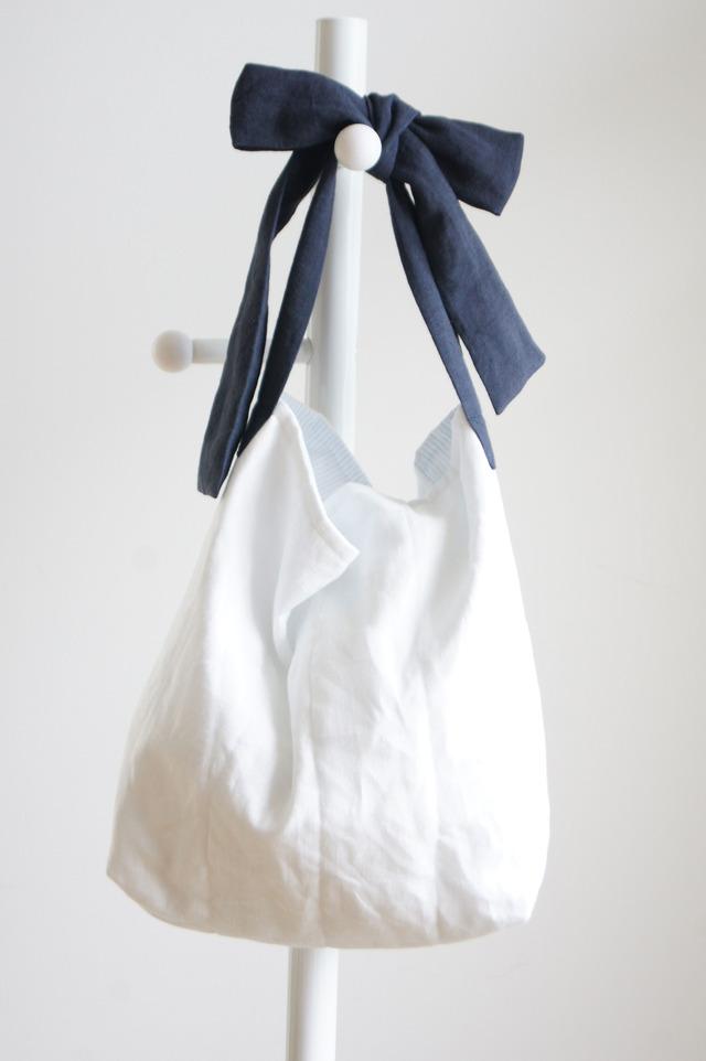 【L】リネンキルティングリボンのバッグ(ネイビー )