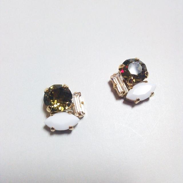 カーキビジューpierce&earring