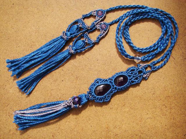 アメシストとシルクコードのマクラメ編み 天然石ネックレス