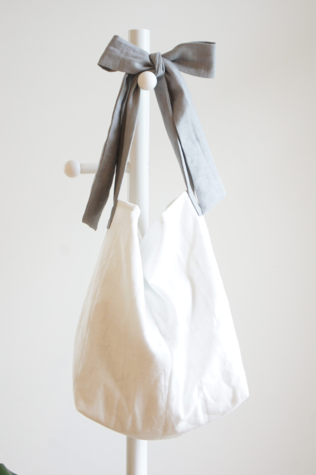【L】リネンキルティングリボンのバッグ(グレー )