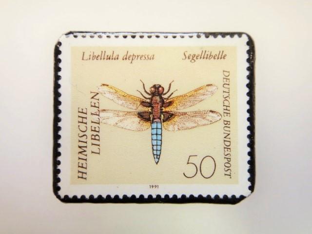 ドイツ トンボ切手ブローチ 2213