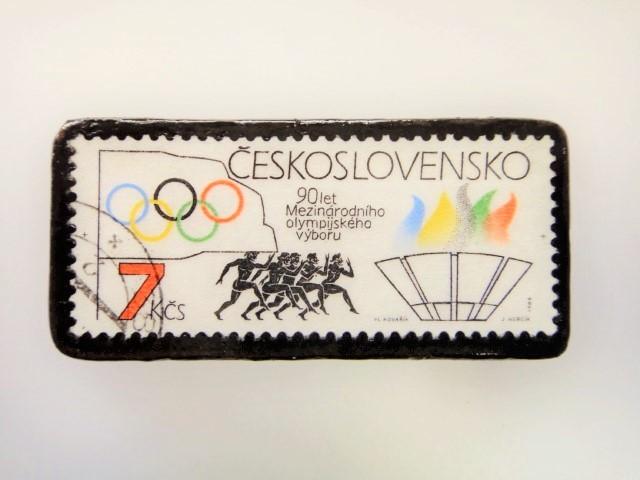 チェコスロバキア 切手ブローチ 2214