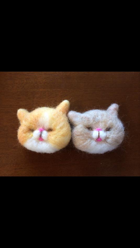 羊毛フェルトマーブル猫さんブローチ