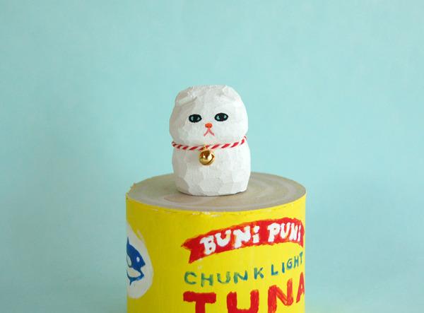 木彫り人形  スコティッシュの子猫 白  [MWF-057]