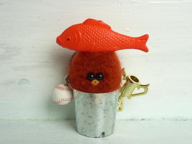 バケツぴよ(鯉とボールとトロフィー)