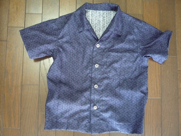 和モダンの生地で作ったアロハシャツ 90センチ用