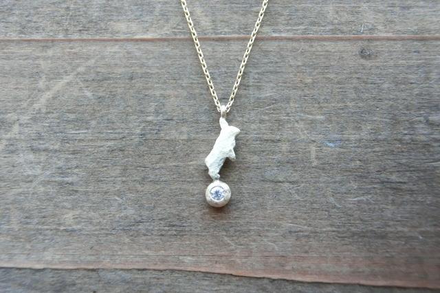 k10ミニウサギのネックレス