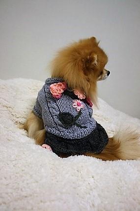 スカート付きお花のセーター(ピンクか...