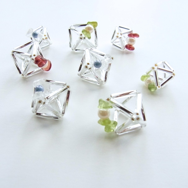 【Diamond】 と天然石のピアス(garnet)