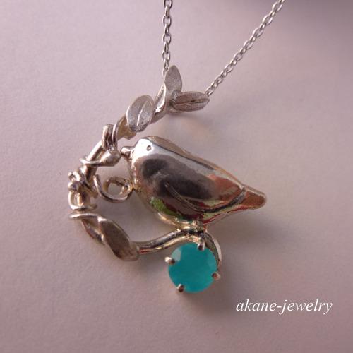 小鳥のネックレス シルバー製
