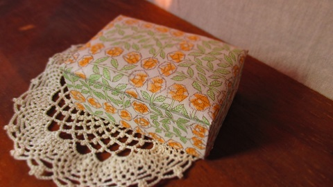 リバティ布箱Sleepingroseオレンジ/Lサ...