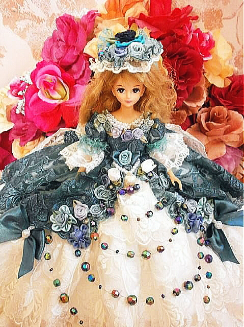 d6c2e55ece791 SOLD ジェニー 瑠璃色の王妃 ボリューム フリル ドレス