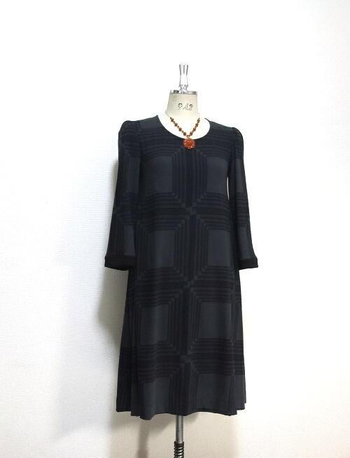Aライン☆ミモレ丈ドレス☆八分袖