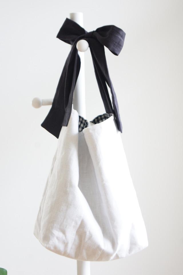 【L】リネンキルティングリボンのバッグ(ブラック)