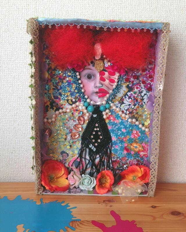 ボックスコラージュ「花と女神」