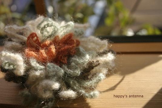 毛糸 コサージュ&ヘアクリップ