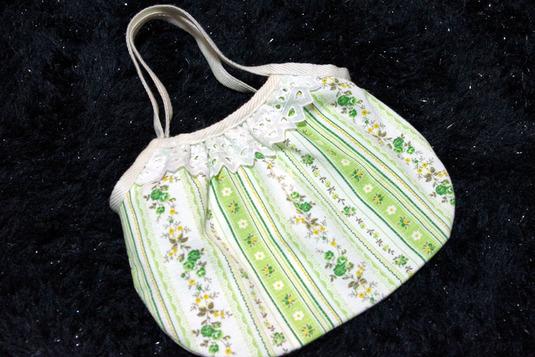ストライプ小花のミニグラニーバッグ ライトグリーン