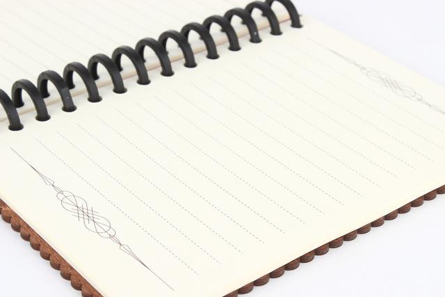 ノートリーフ(木の表紙のノートブック...