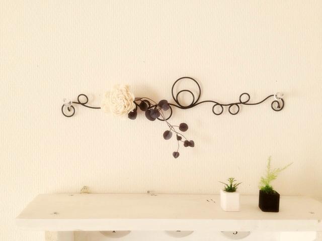 ○クルクルワイヤー壁飾り